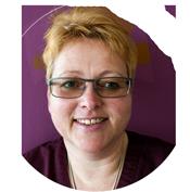 Rosina Maier ist Arzthelferin der Praxis Sebastian Karst der Urologie in Heimstetten